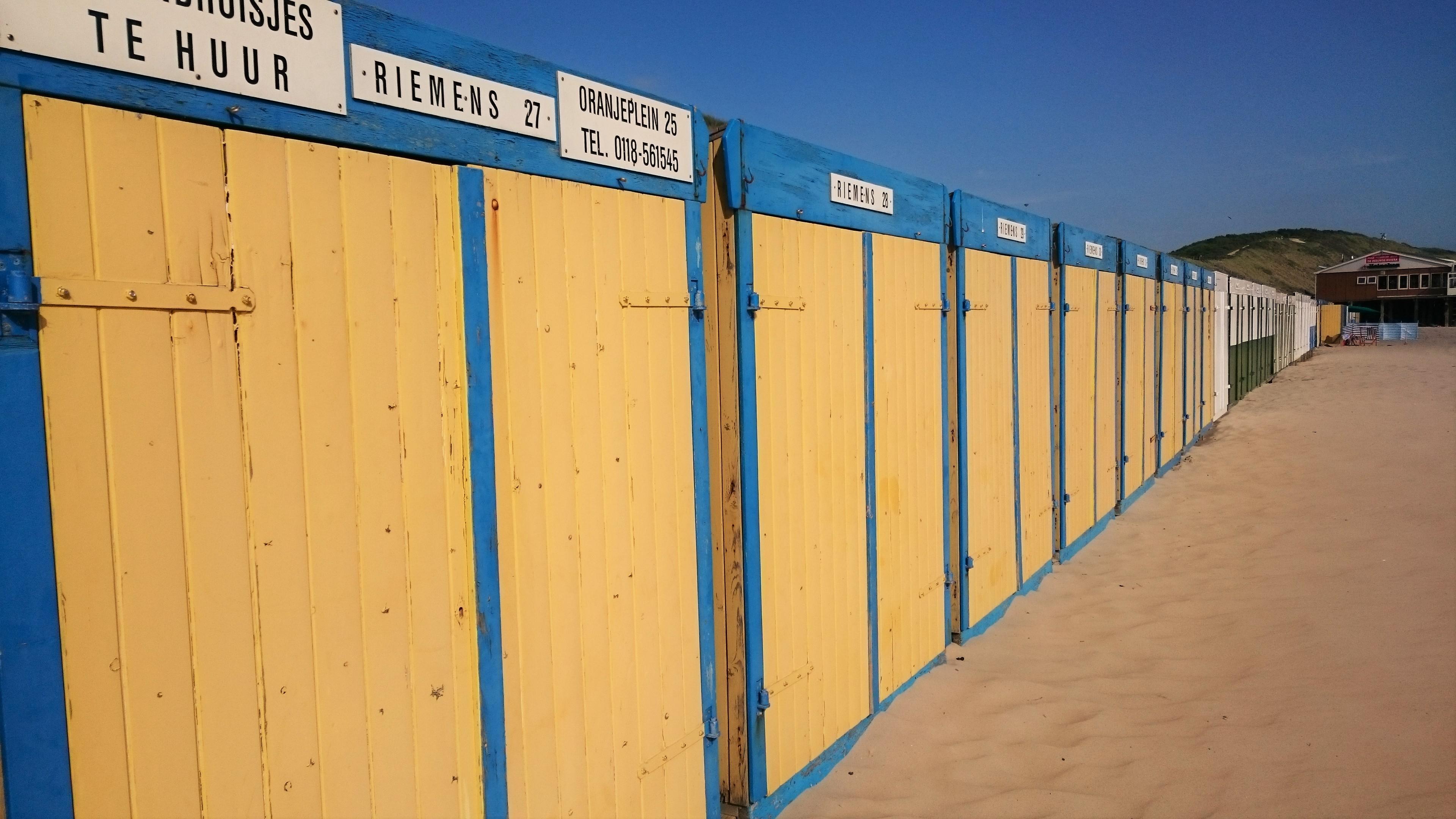 Riemens strandhuisjesverhuur | strandhuisjes.com